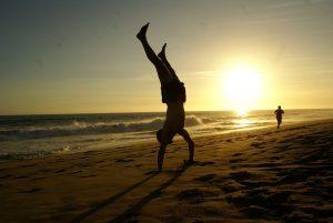 handstand-670829_960_720
