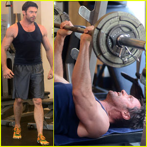 hugh-jackman-bulging-bicep-workout