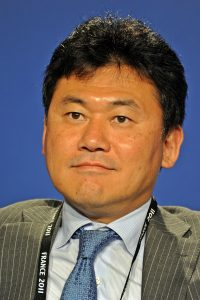 800px-Hiroshi_Mikitani_at_the_37th_G8_Summit_in_Deauville_033