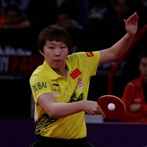 Mondial_Ping_-Women's_Singles_-_Quarterfinal_-_Zhu_Yuling-Feng_Tianwei_-_18
