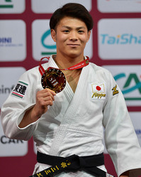 PARIS, FRANCE, FEBRUARY 11: Nineteen year old Hifumi Abe of Japan proudly shows his u66kg gold medal during the 2017 Paris Grand Slam (11-12 February) at the AccorHotels Arena, Bercy, Paris, France. (Photo by David Finch/Getty Images)