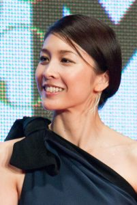 800px-Takeuchi_Yuko__The_Inerasable__at_Opening_Ceremony_of_the_28th_Tokyo_International_Film_Festival_(22417547052)